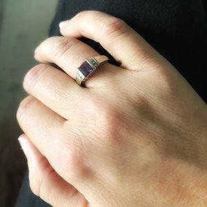 Jewelry - Alexandrite and diamond ring